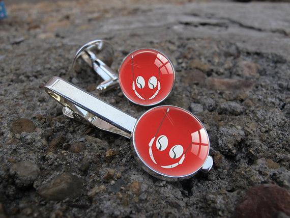 ant-man cufflink and tie clip