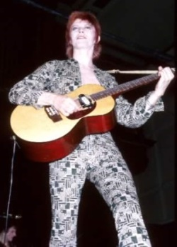 David-Bowie_Early