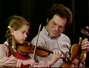 ItzhakPerlman_with_girl