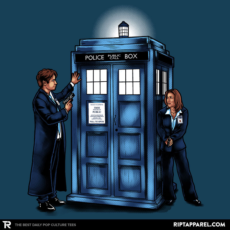 the-agents-have-the-phone-box-detail_80674