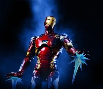 Civil War 6 Inch Legend Iron Man