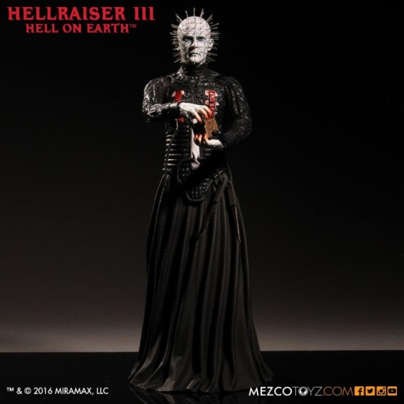 Hellraiser- Pinhead 12inch Figure 2