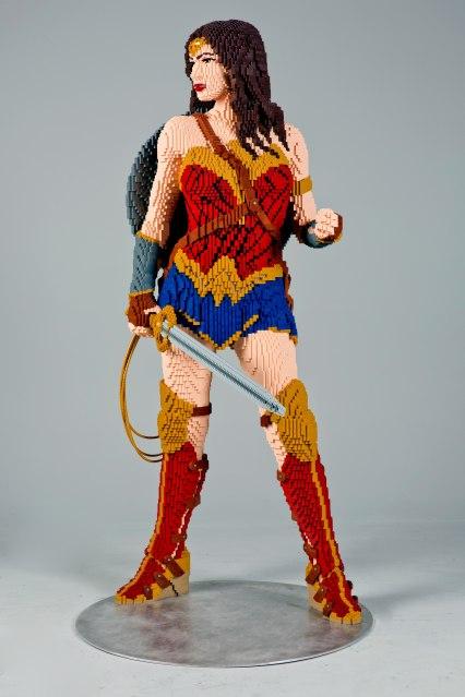 Wonder-Woman-Side-PD