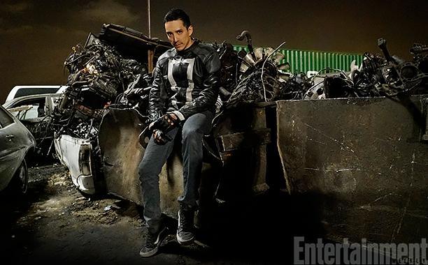 Gabriel Luna as Robbie Reyes