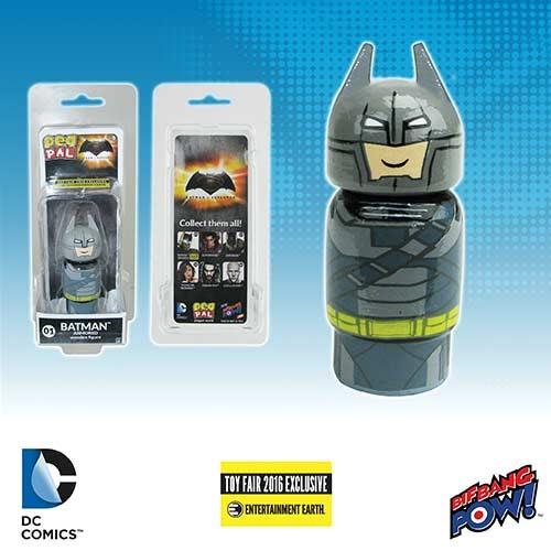 batman-v-superman-dawn-of-justice-batman-armored-pin-mate-wooden-figure