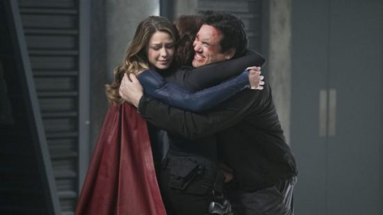 "Supergirl -- ""Homecoming"" -- SPG214b_0036.jpg -- Pictured (L-R): Melissa Benoist as Kara/Supergirl, Chyler Leigh as Alex Danvers, and Dean Cain as Jeremiah Danvers -- Photo: Cate Cameron/The CW -- © 2017 The CW Network, LLC. All Rights Reserved"