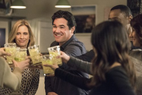"Supergirl -- ""Homecoming"" -- SPG214a_0231.jpg -- Pictured (L-R): Helen Slater as Eliza Danvers and Dean Cain as Jeremiah Danvers -- Photo: Dean Buscher/The CW -- © 2017 The CW Network, LLC. All Rights Reserved"