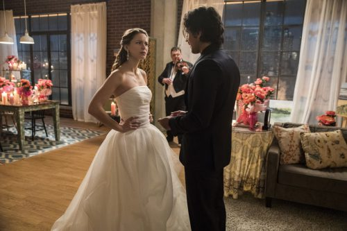 """Supergirl -- """"Mr. & Mrs. Mxyzptlk"""" -- SPG213a_0018.jpg -- Pictured (L-R): Melissa Benoist as Kara and Peter Gadiot as Mr. Mxyzptlk -- Photo: Jack Rowand/The CW -- © 2017 The CW Network, LLC. All Rights Reserved"""